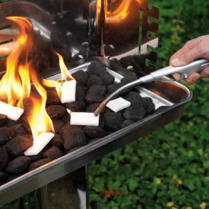 Anzünder Viereck brennend
